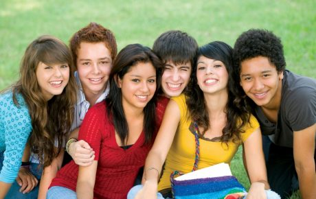 students3-1200x780